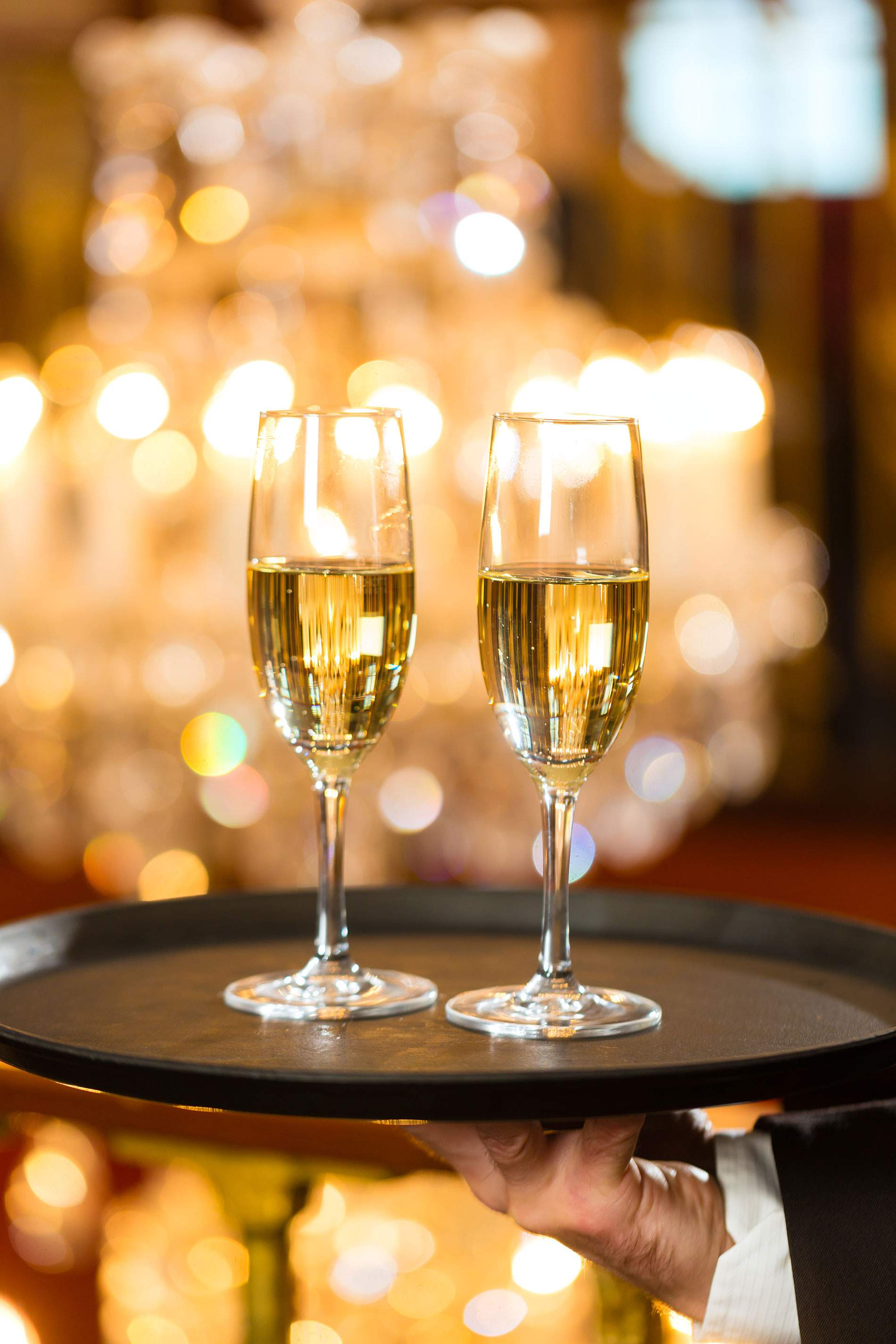 Champagne glasses served on a tray Gold PP